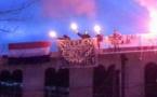"""متطرفون يرفعون شعارات ضدّ """"أسلمة هولندا"""" فوق سطح مسجد بلايدن"""