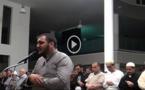 مهاجر مغربي بفرنسا يفلح في إستقطاب العشرات من المصليين بفضل قراءته الخاشعة