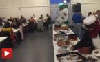 إفطارُ جماعيّ مغربي في الدانمارك يجمعُ ضيوفًا من جنسياتٍ مختلفة