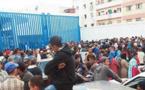 لاجئون سوريون يقتحمون بوابة مليلية الحدودية ويتسللون وسط فوضى عارمة