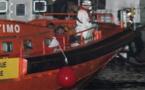 أمن خفر السواحل الإسبانية تنقذ ثلاثة مهاجرين مغاربة إثر إنقلاب قاربهم في عرض البحر