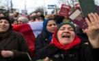 مغاربة هولندا يوجهون نداءا عاجلا لتوقيع استمارة إحتجاجا على قرار إلغاء الاتفاقية المغربية الهولندية