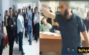 ميمون بوشيخي يثور في وجه المجلس البلدي والمعارضة: كلكم شفارة وماتكدبوش على الناس