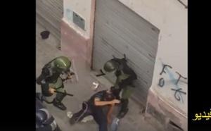 فيديو مثير يوثق لحظة استعمال قوات الأمن للعنف بواسطة الهراوات والركل لتفريق المتظاهرين وسط الحسيمة