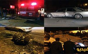 بالفيديو.. إنقلاب سيارة على مستوى طريق أزغنغان ومجهولين يسرقون الجرحى