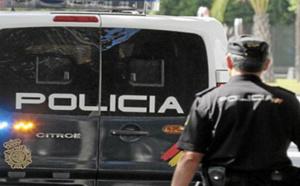 الشرطة الاسبانية تلقي القبض على مهاجر نصب على مغاربة في مبالغ مالية عن طريق الاحتيال
