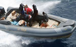 البحرية الملكية تحجز طناً و100 كلغ من الحشيش على متن قاربين بسواحل الشمال