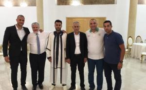 ناظورسيتي تهنئ الصديق مصطفى المغلوق بمناسبة دخوله القفص الذهبي
