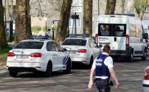 الشرطة تقتل رجلا مسلحا هاجمهم بسيف في العاصمة بروكسل