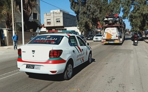 أمن الناظور يوقف شابين ظهرا في فيديو يحاولان سرقة محتويات شاحنة  تحمل عربات الرالي