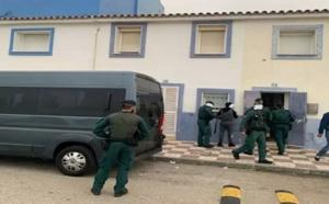 """توقيف 8 أشخاص بإسبانيا يخفون """"الحشيش"""" المهرب من المغرب"""