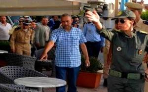 سلطات العروي تحذر أرباب المقاهي والدكاكين من احتلال الرصيف وتهدد بالردع