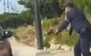 شاهدوا.. شرطي يستخدم سلاحه لتوقيف شخصين عرضا أمن المواطنين للخطر