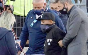 ساعات قليلة بعد نعيه.. محامي مارادونا يفجّر مفاجأة حول وفاة الأسطورة الأرجنتينية