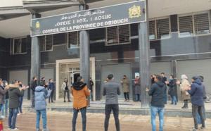 تنسيقية حاملي الشهادات المعطلين تحتج بقوة أمام المجلس الإقليمي للدريوش