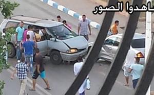 اصطدام مقاتلة بسيارة مدنية وسط الناظور تسفر عن خسائر مادية هامة